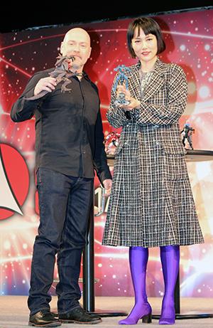 映画『パシフィック・リム:アップライジング』来日イベント@【東京コミコン2017】、スティーヴン・S・デナイト監督、菊地凛子