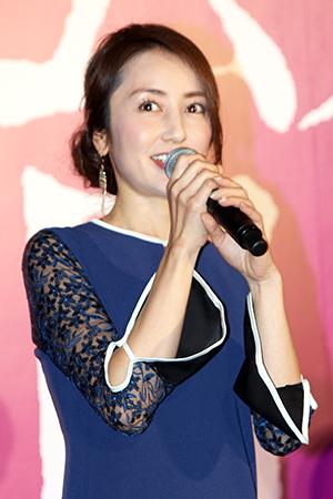 映画『不能犯』完成披露舞台挨拶、矢田亜希子