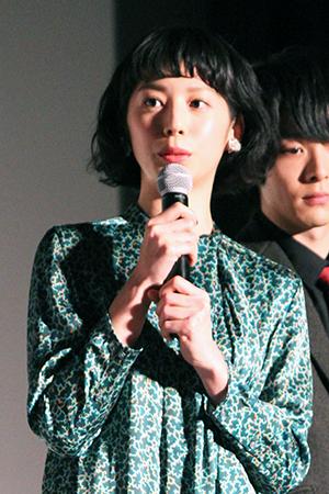 映画『伊藤くん A to E』完成披露舞台挨拶、夏帆