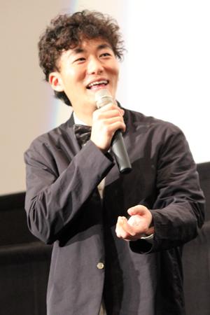 映画『君が君で君だ』完成披露舞台挨拶:松居大悟監督