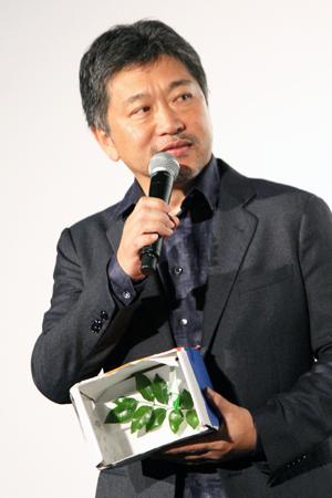 映画『万引き家族』公開記念舞台挨拶、是枝裕和監督