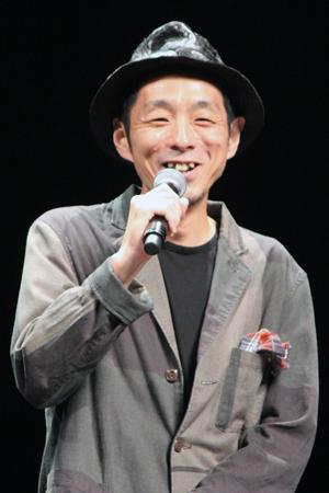 映画『パンク侍、斬られて候』公開記念舞台挨拶、宮藤官九郎